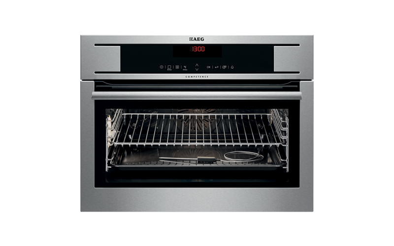 AEG 45cm 20 function Pyroluxe™ Oven KP8404001M